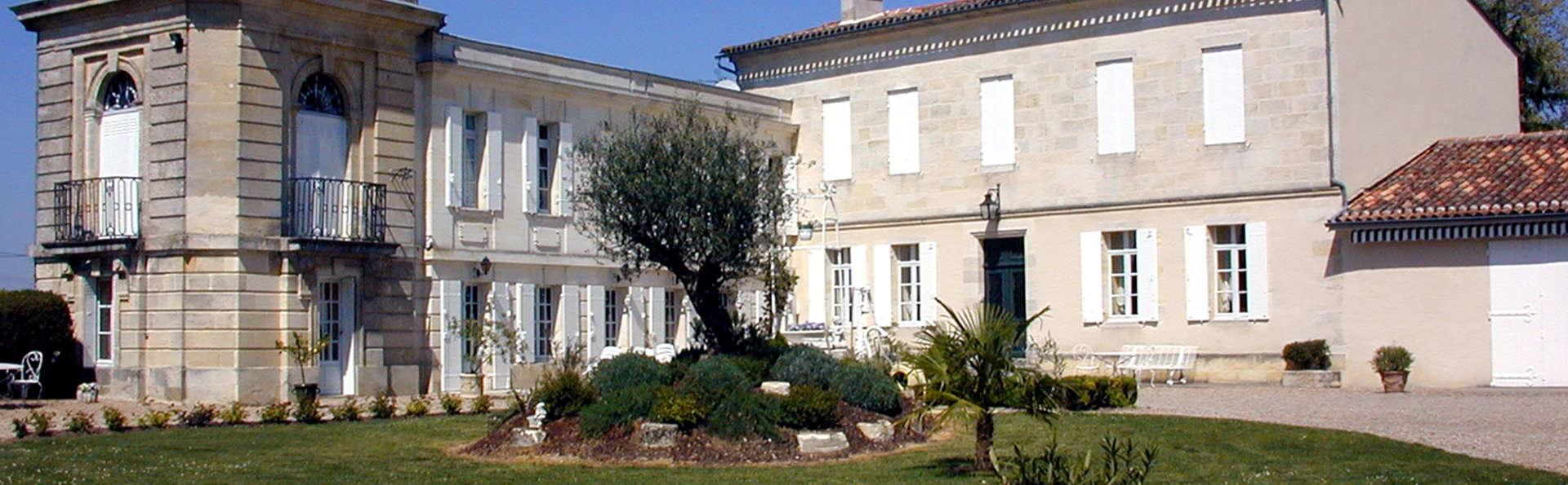 La Villa du Château Belloy - Edit_Front.jpg