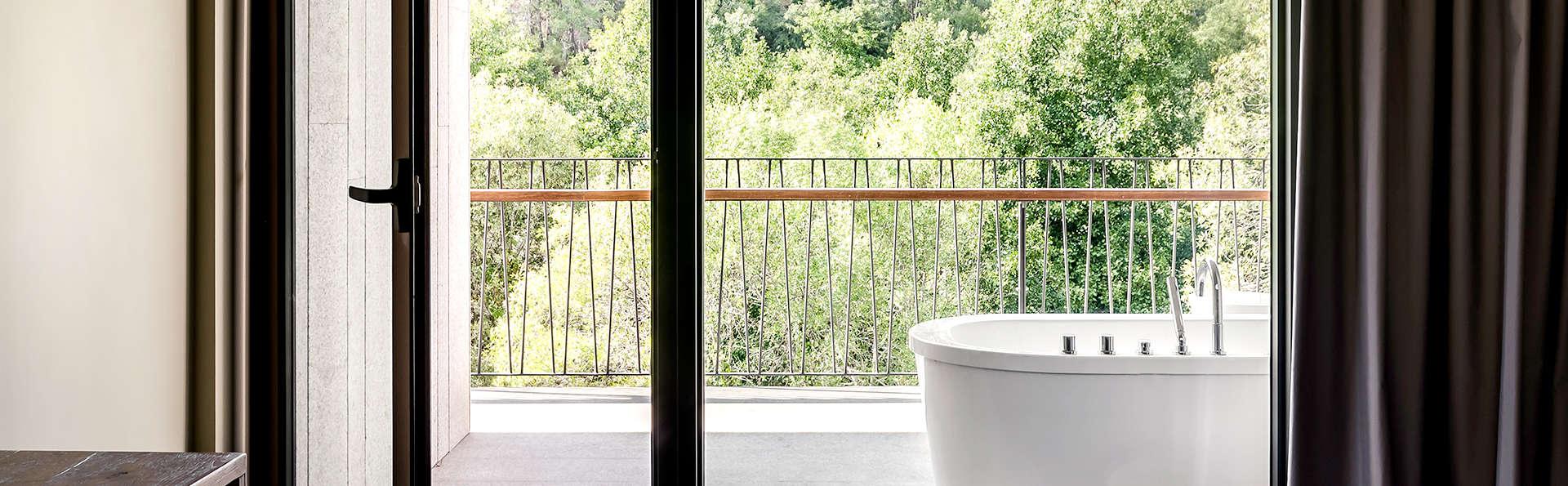 Aqua Village Health Resort - Edit_Bathroom4.jpg