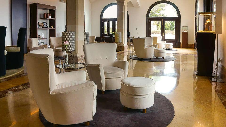 Hospes Maricel & Spa - EDIT_NEW_Lobby.jpg