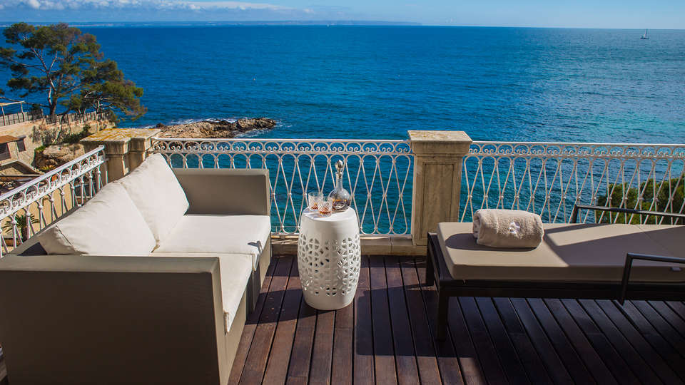 Hospes Maricel & Spa - EDIT_NEW_TerracePremium.jpg