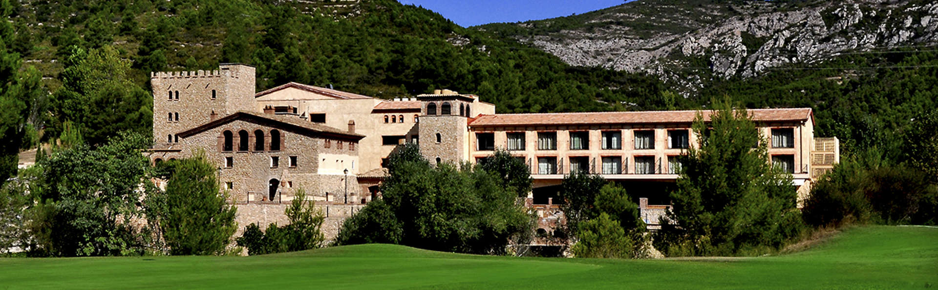 Figuerola Resort & Spa - EDIT_NEW_Front2.jpg