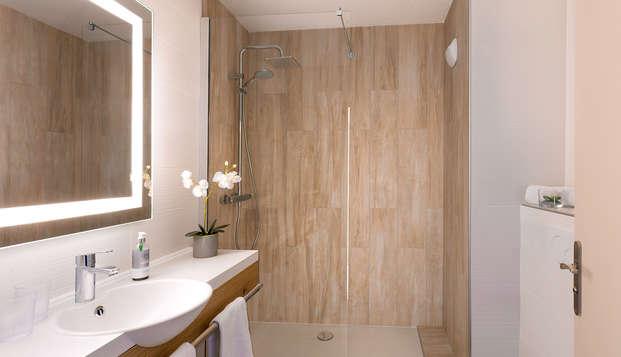 Best Western Les Bains Hotel et SPA - NEW Bathroom