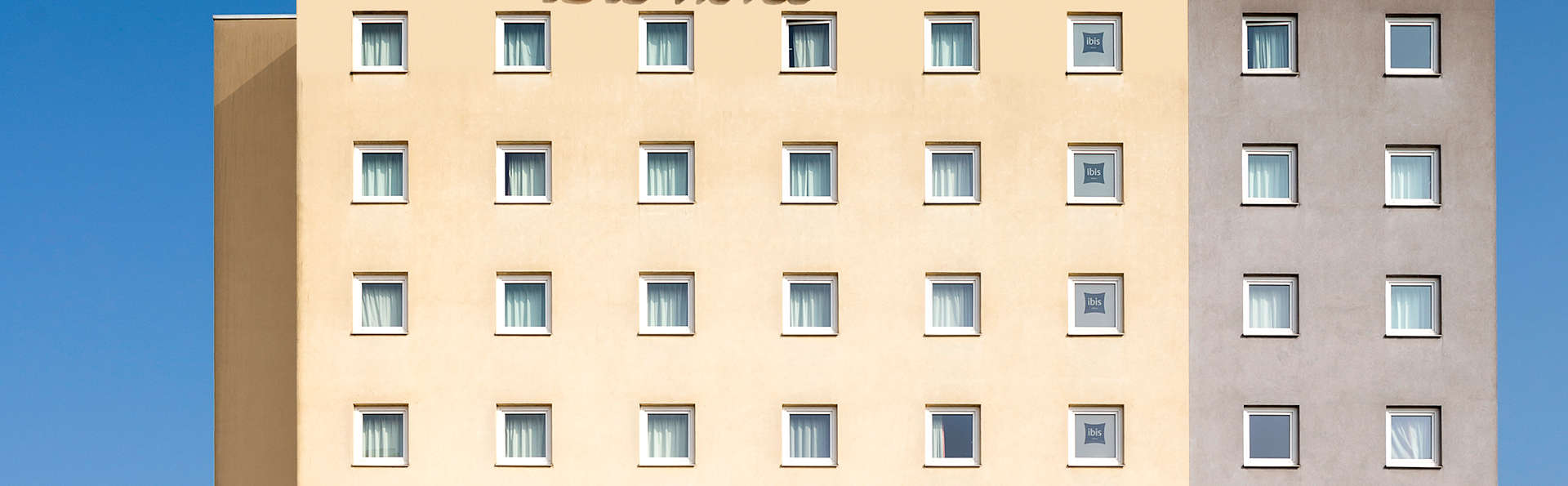 Ibis Luxembourg Sud - Edit_Front3.jpg