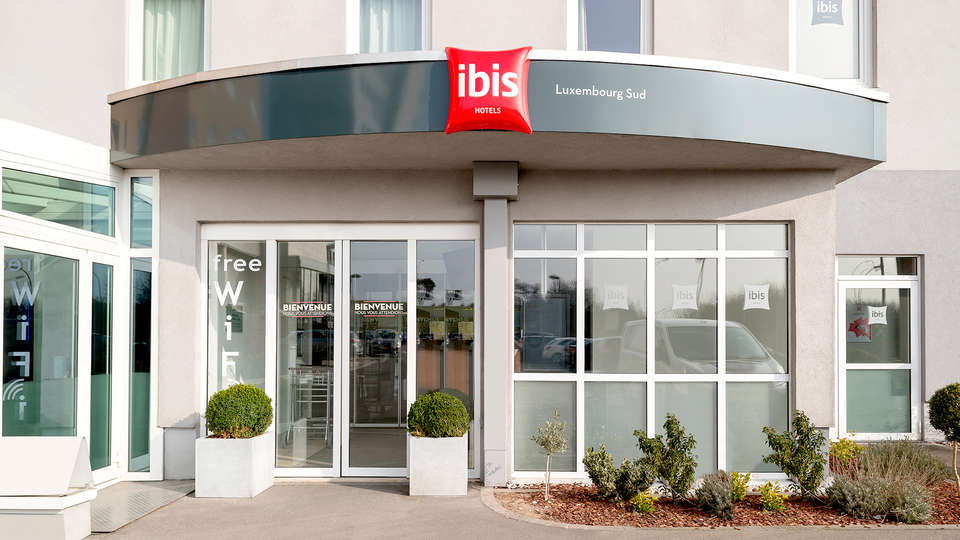 Ibis Luxembourg Sud - Edit_Front.jpg