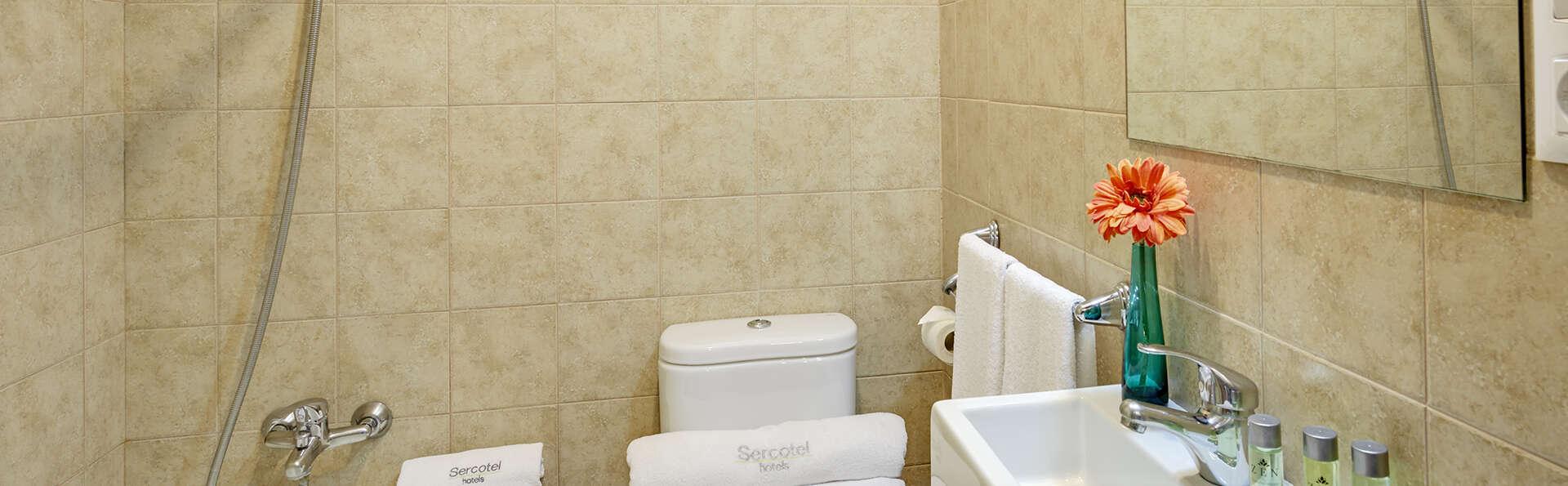 Hotel Rural & Apartamentos Villa Engracia - EDIT_NEW_BathroomStudioSuperior.jpg