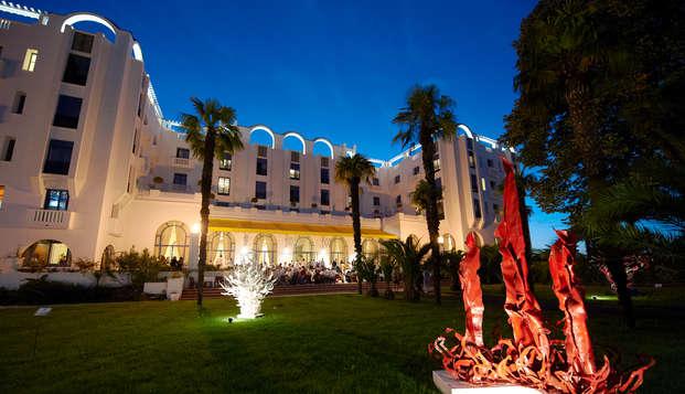 Hotel Spa Vacances Bleues Le Splendid - Front