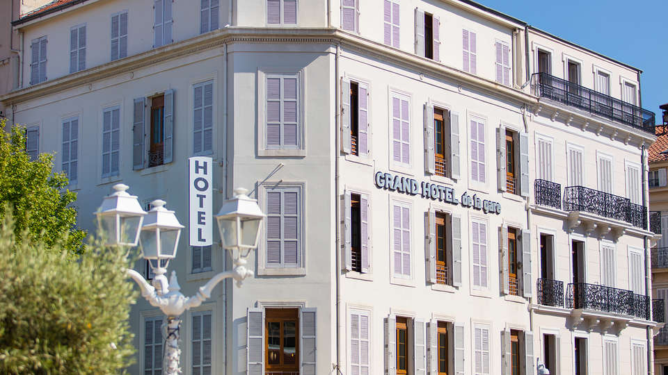 Grand Hôtel de la Gare - Edit_Front.jpg