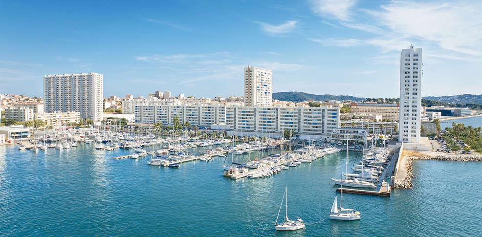 Grand H 244 Tel De La Gare 3 Toulon France