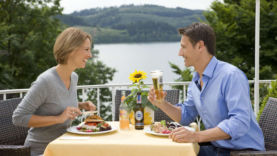 Welcome Hotel Hennesee Meschede - EDIT_NEW_Terrace.jpg