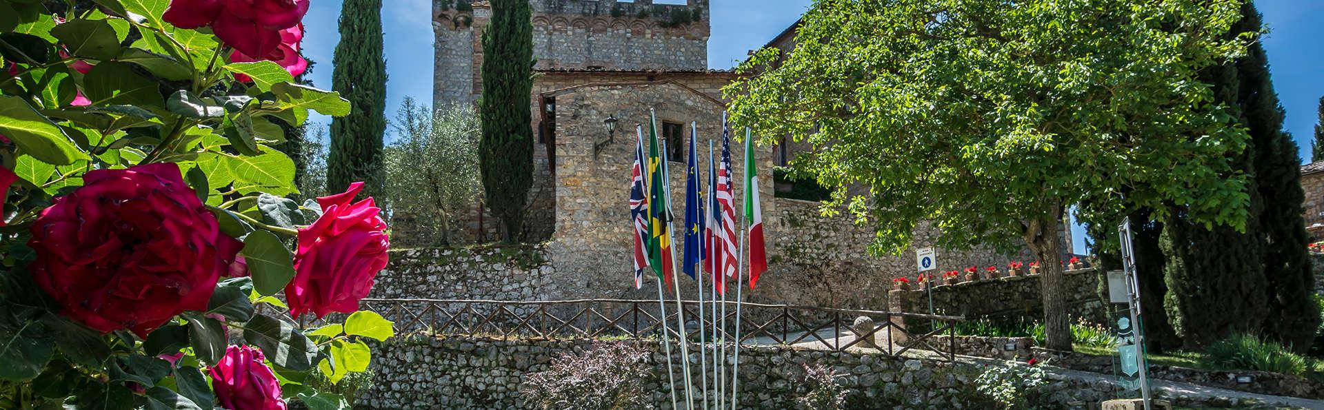 Castel Pietraio - Edit_Front.jpg