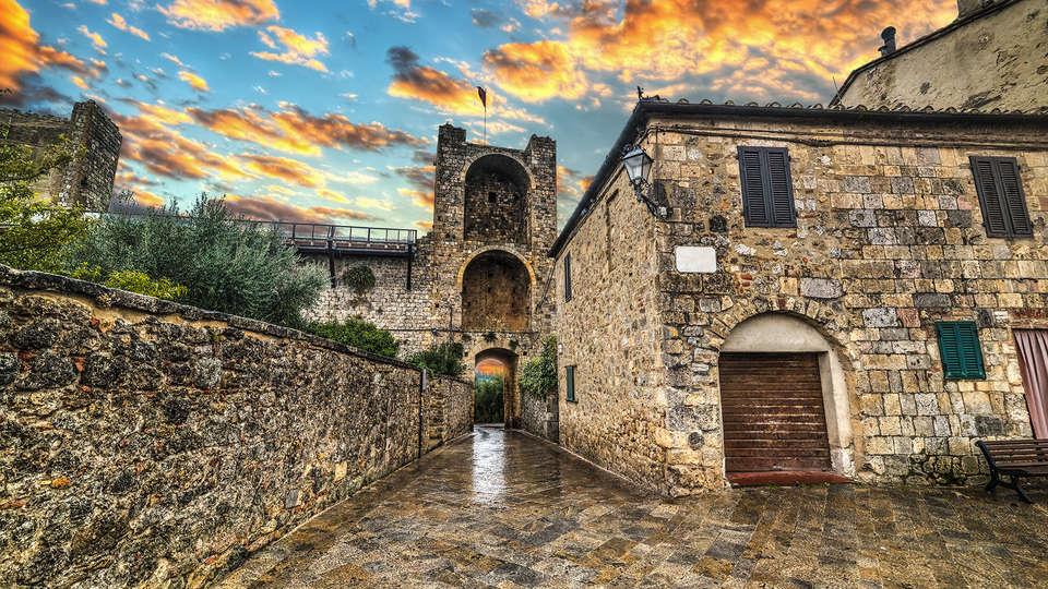 Castel Pietraio - Edit_Monteriggioni3.jpg