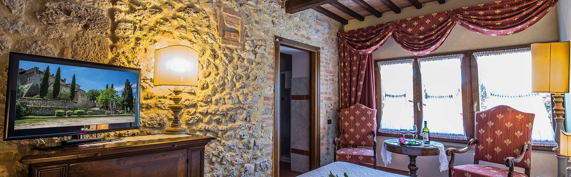 Nuit fabuleuse dans un château toscan en chambre Supérieure