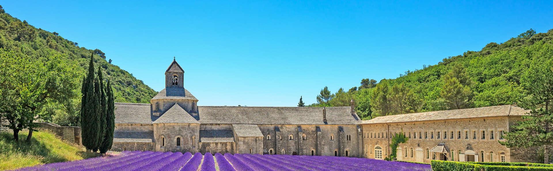 Découverte du Musée de la Lavande et pause gourmande à deux pas d'Avignon