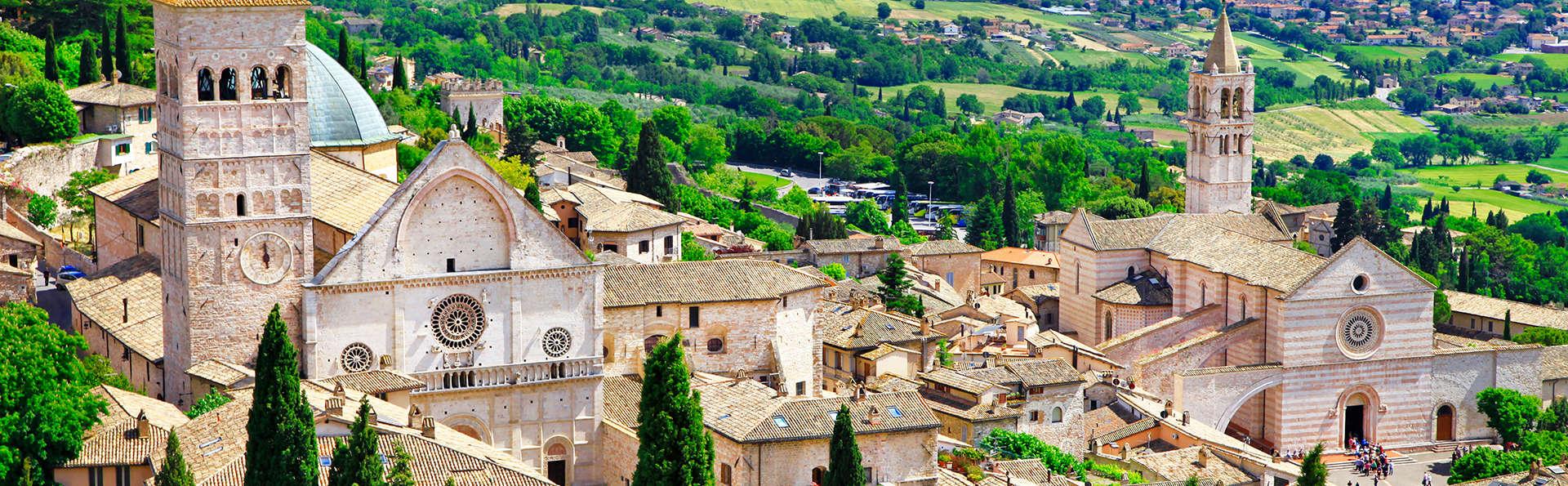 Le Silve di Armenzano - Residenza d'Epoca - Edit_Assisi2.jpg