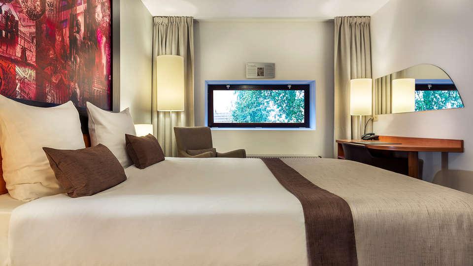 City Hotel Groningen - Edit_Room3.jpg