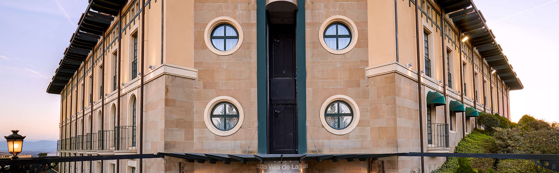 Hotel Sercotel Villa de Laguardia - Edit_Front2.jpg