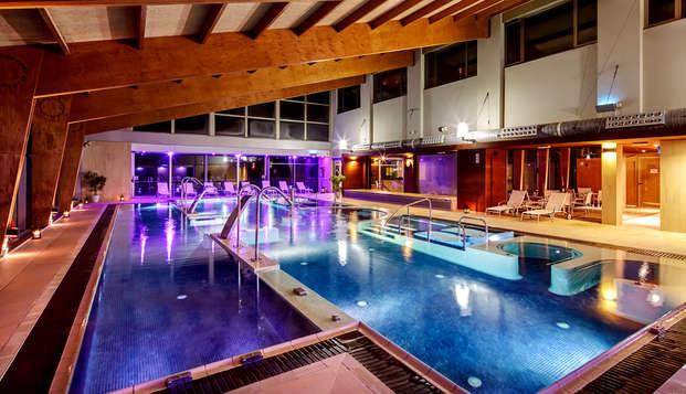 Disfruta de todo el relax con acceso al spa y copa de bienvenida en La Molina