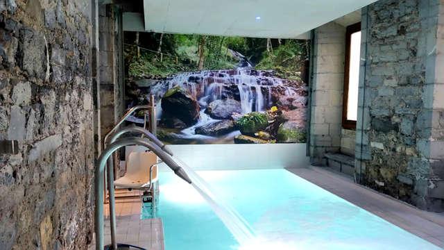 Escapada romántica con acceso al spa, detalle de bienvenida y albornoz