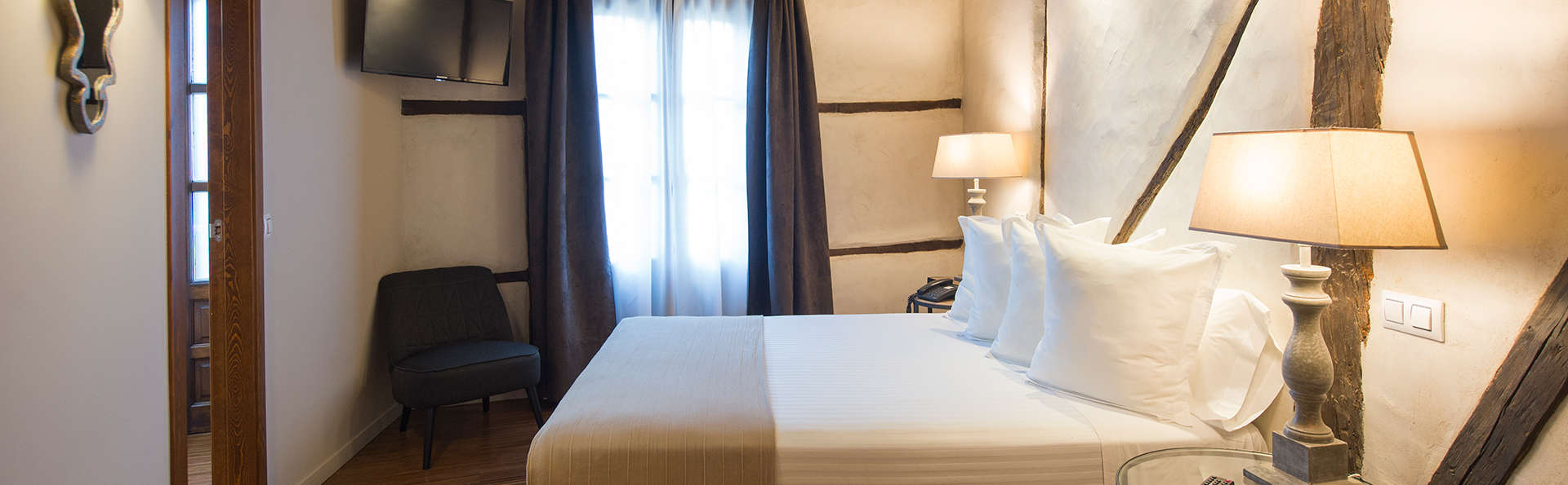 Hotel en pleno centro de Toledo con desayuno y salida tardía