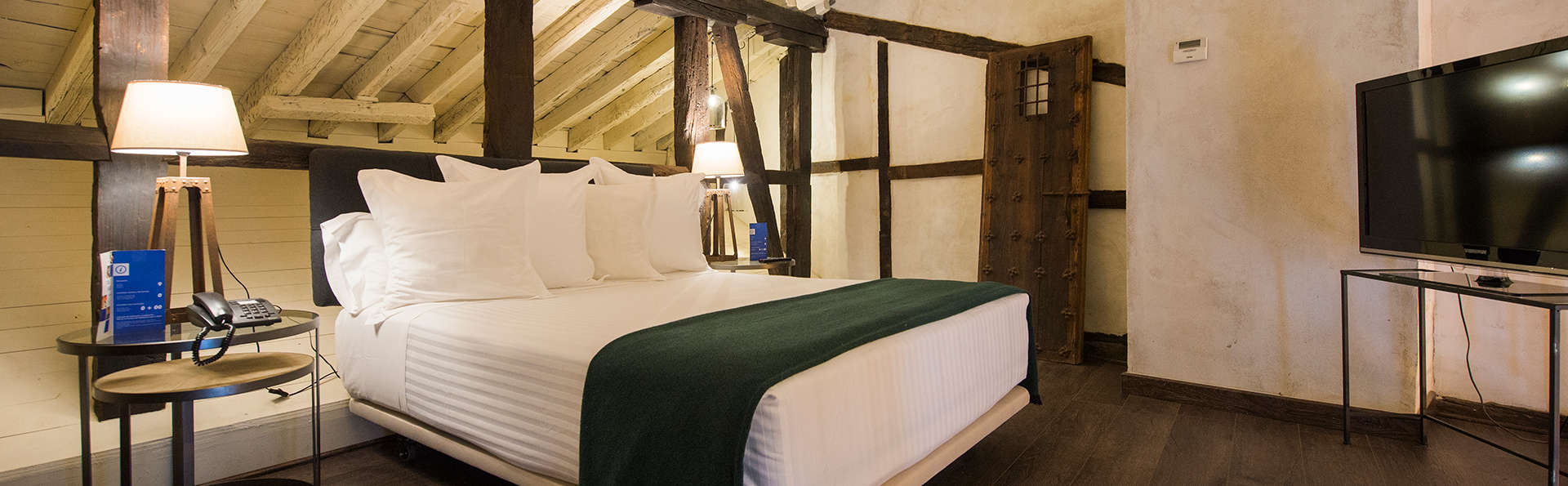 Hotel Abad Toledo - Edit_Room14.jpg