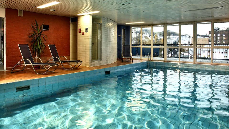 H+ Hotel Siegen - EDIT_NEW_POOL2.jpg