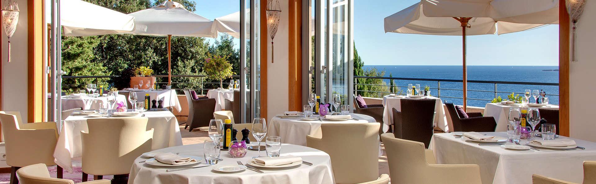 Intimité, détente et gastronomie dans un hôtel d'exception sur la Côte d'Azur