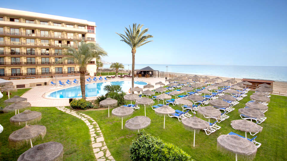 VIK Gran Hotel Costa Del Sol - Edit_Pool3.jpg