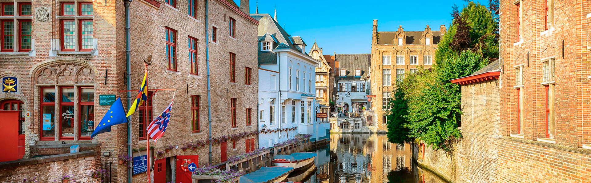 Romantisme et excursion en bateau au cœur de Bruges (à partir de 2 nuits)