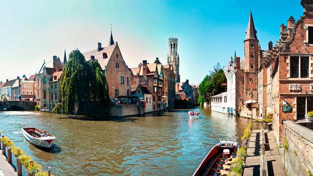 Ontdek Brugge, het Venetië van België, per boot