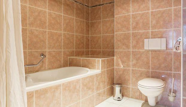 Fletcher Stadshotel Den Haag Former Hampshire Hotel - Meerdervoort - Bathroom