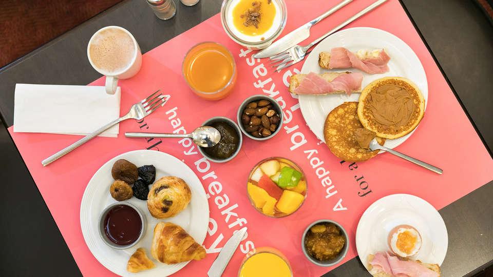 Hotel Saint-Ferdinand by HappyCulture - EDIT_NEW_Breakfast.jpg