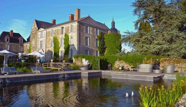Chateau de l Epinay - Front