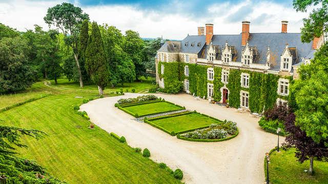 Cadre idyllique dans un château à deux pas d'Angers