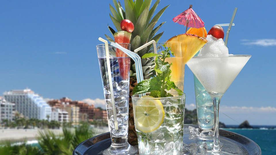 Hotel Arrayanes Playa - EDIT_NEW_Cocktail.jpg
