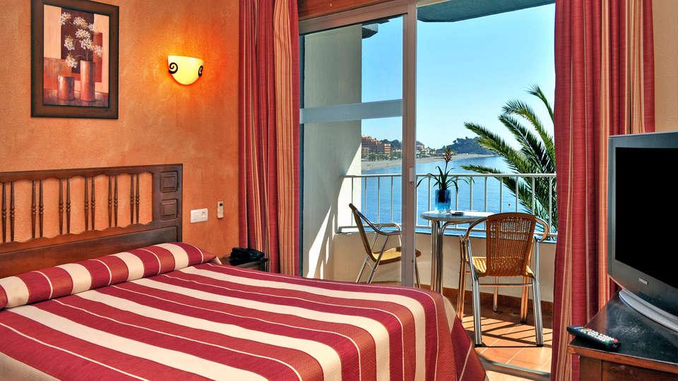 Hotel Arrayanes Playa - EDIT_NEW_Room3.jpg