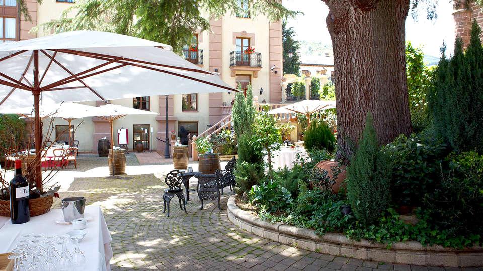 Palacio Azcárate Hotel - Edit_Terrace2.jpg