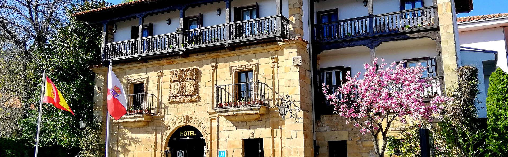 Hotel Los Infantes - EDIT_NEW_Front3.jpg