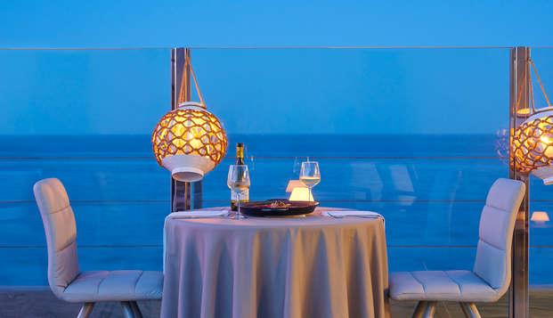 Escapada romántica a la orilla del mar con cena a la luz de las velas en Guardamar