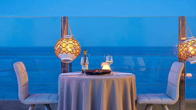 Escápate en pareja, con cena romántica a la luz de la vela y sesión de jacuzzi privado en Guardamar