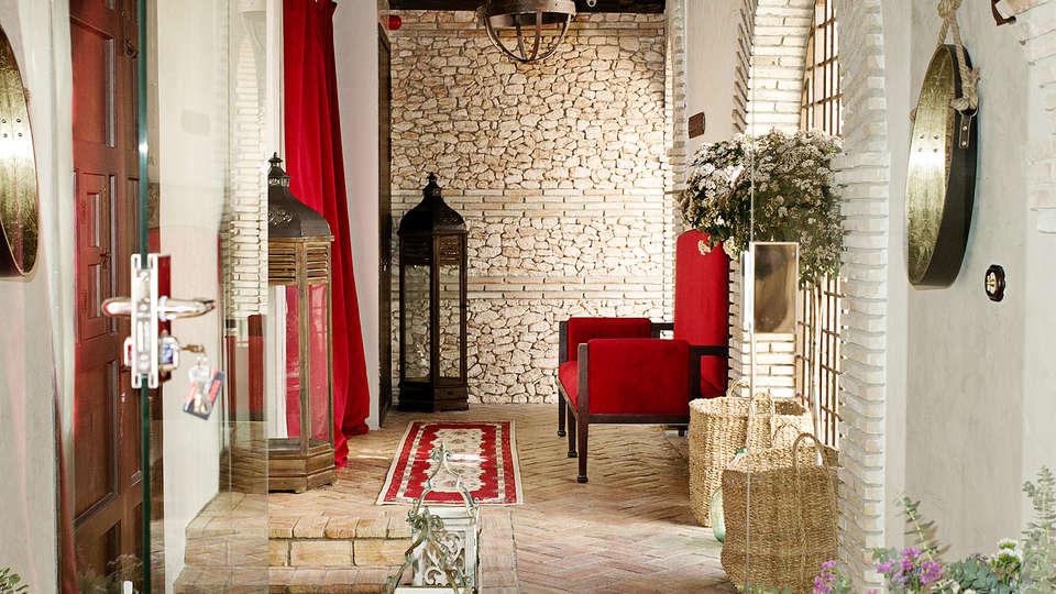 Suites La Posada de Pilar - Edit_Hall.jpg