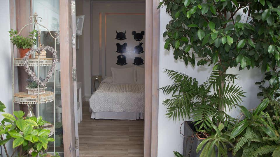 Hotel La Princesa y el Guisante - EDIT_NEW_Room2.jpg