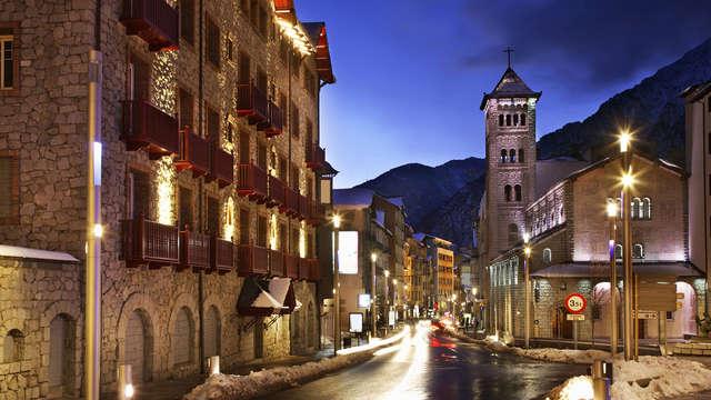 Descubre Andorra a tu aire en un precioso hotel con spa
