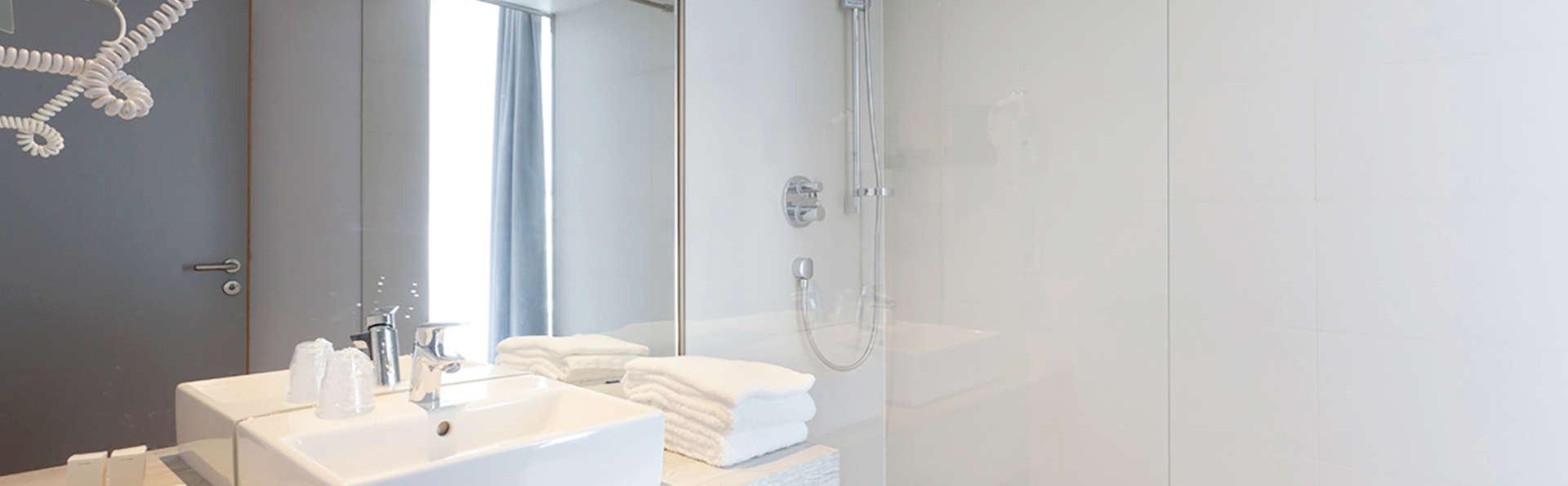 Van der Valk Hotel Liege Congres - Edit_Bath.jpg