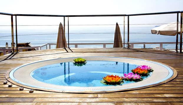 Escapada 4* en Suite Junior: Hotel en primera línea del mar en Torremolinos, Málaga