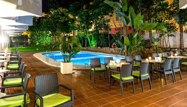 Vacaciones en media pensión en Hotel 4* de Torremolinos