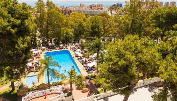 Disfruta de Torremolinos con todo incluido en este Hotel 4* de la Costa del Sol