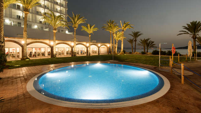 Escapada en Resort de playa 4* con todo incluido en La Manga del Mar Menor