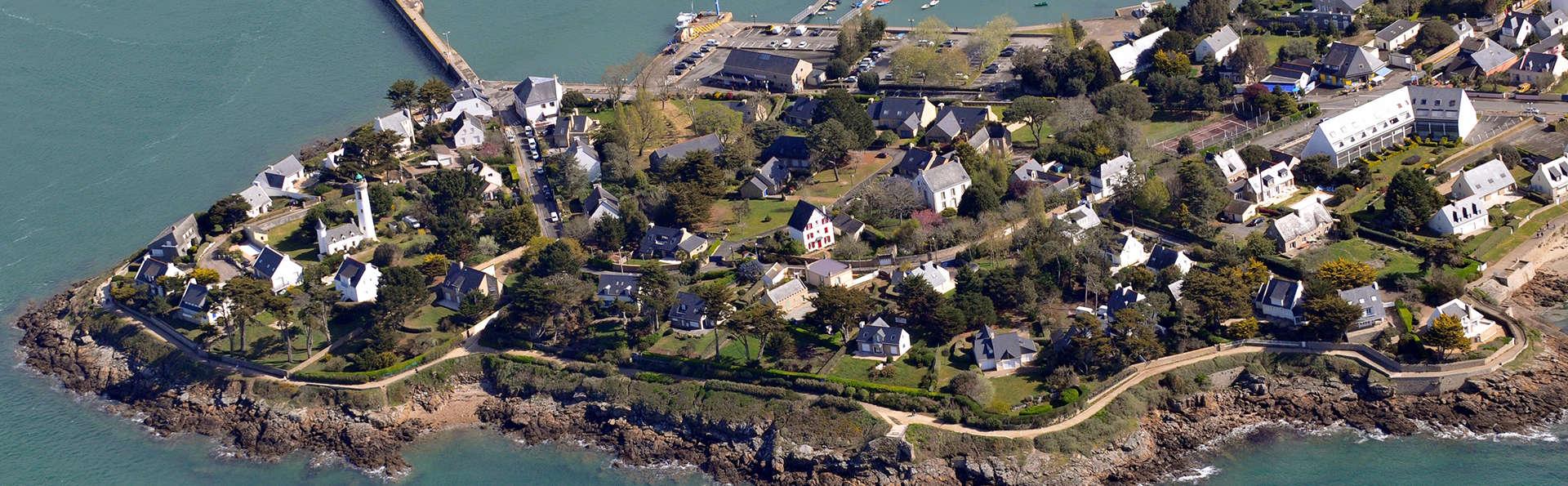 Pierre et Vacances Village Port du Crouesty - Edit_Arzon.jpg
