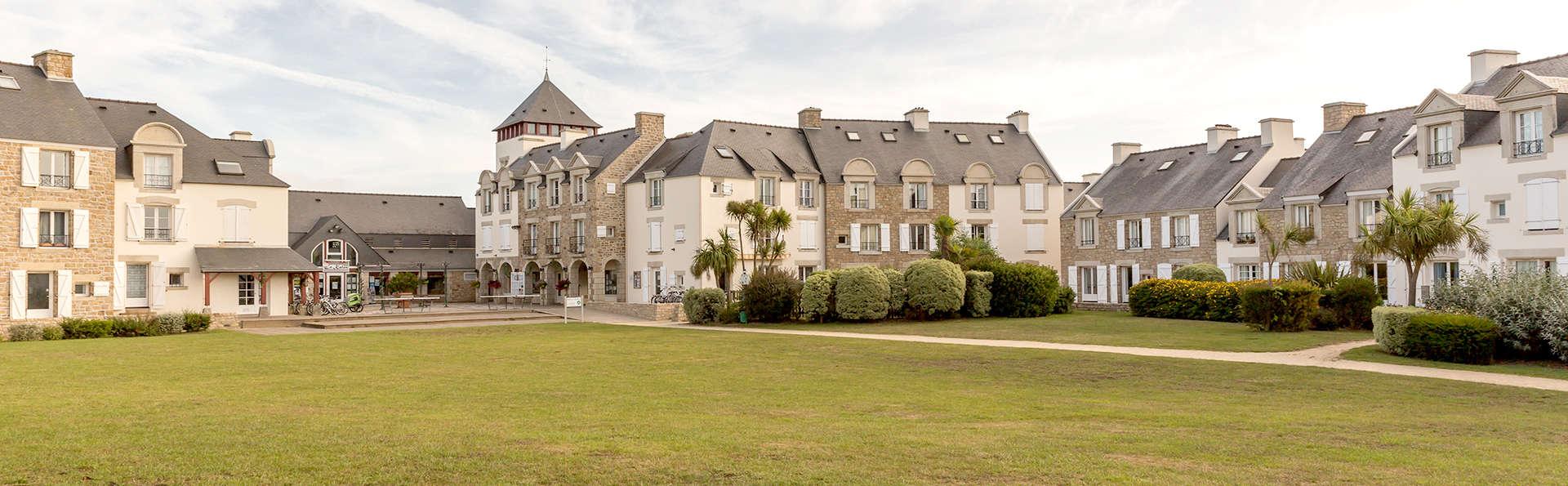 Pierre et Vacances Village Port du Crouesty - Edit_Front.jpg