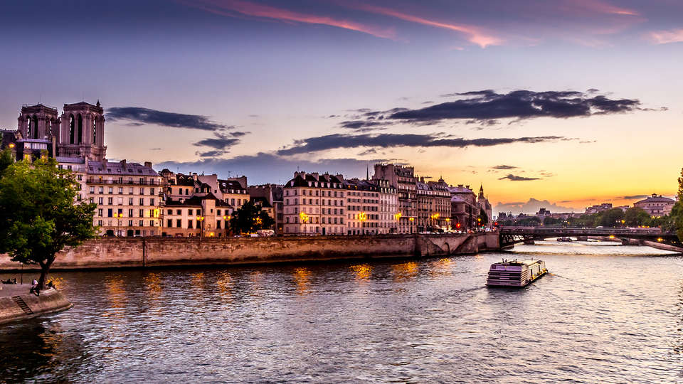 The Originals City, Hôtel Paris Est, Rosny (Inter-Hotel) - Edit_Paris3.jpg